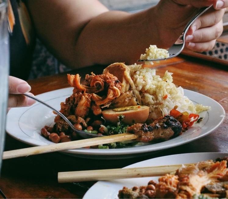 Nasi Ayam Campur