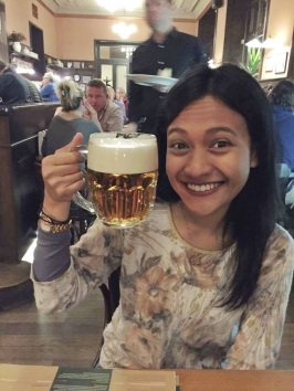 Face-sized glass of beer!